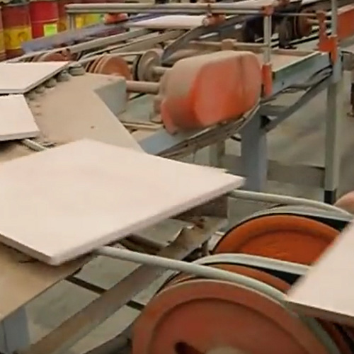 Volta Round Belt in Marble Production
